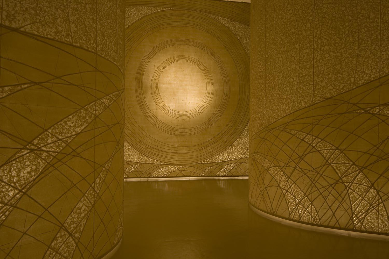 堀木エリ子展~二枚の和紙による空間~